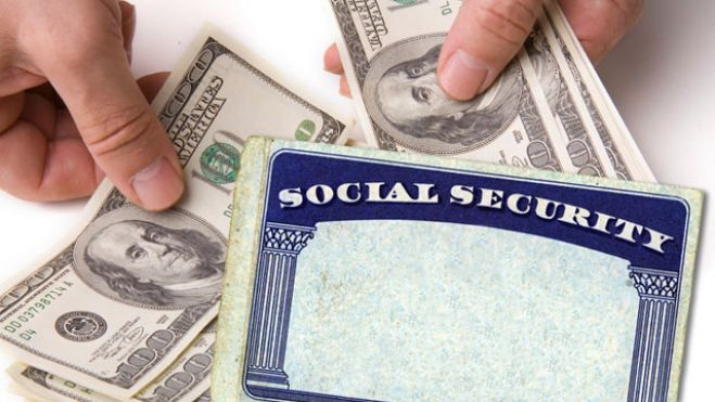 80082-social-security-card-with-cash-in-hands